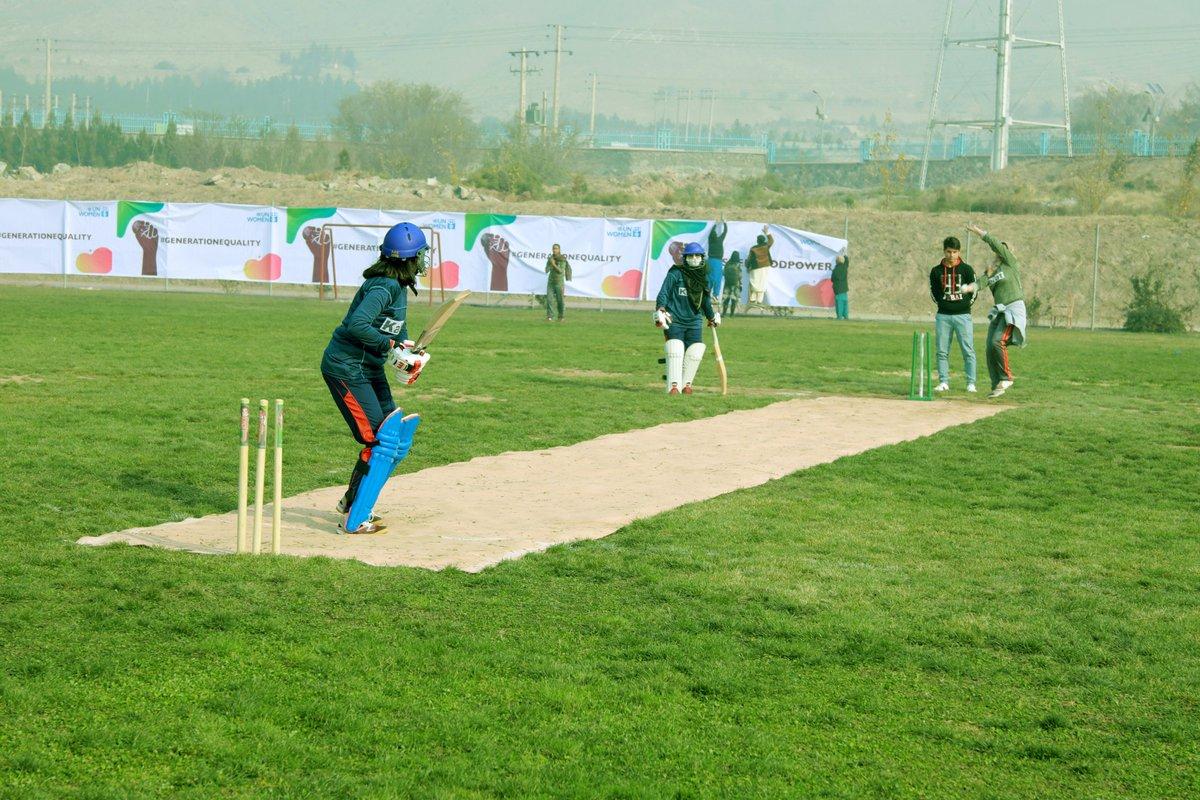 I talebani vietano lo sport alle donne