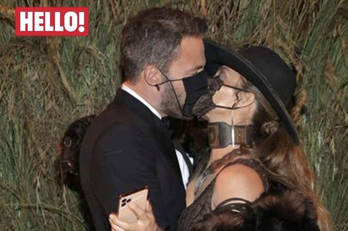 Jennifer e Ben si baciano al Met