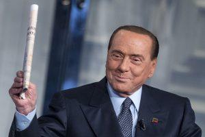 Silvio Berlusconi assolto a Siena
